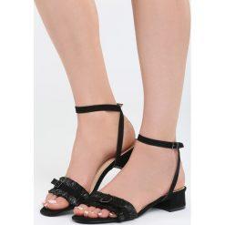 Czarne Sandały Prejudiced. Czarne sandały damskie na słupku marki Born2be, z materiału, na wysokim obcasie. Za 69,99 zł.