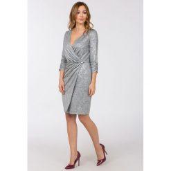 Odzież damska: Wieczorowa sukienka z połyskiem II