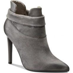 Botki CARINII - B3691 G65-I38-PSK-A49. Szare buty zimowe damskie Carinii, z nubiku. W wyprzedaży za 269,00 zł.
