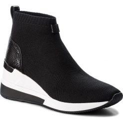 Botki MICHAEL KORS - Skyler Bootie 43T8SKFE6D  Black. Czarne buty zimowe damskie Michael Kors, z materiału, na obcasie. Za 809,00 zł.