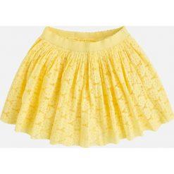 Mayoral - Spódnica dziecięca 98-134 cm. Żółte minispódniczki Mayoral, z bawełny, rozkloszowane. Za 119,90 zł.