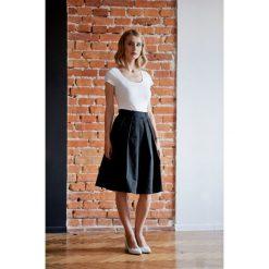 Spódniczki rozkloszowane: Spódnica Dione czarna 32