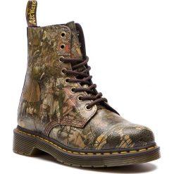Glany DR. MARTENS - 1460 Pascal 24190102 Multi. Zielone buty zimowe damskie Dr. Martens, z materiału. Za 699,00 zł.