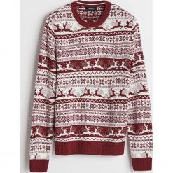 Sweter z motywem zimowym - Czerwony. Czerwone swetry klasyczne męskie marki Andrew James, l, z kaszmiru, z dekoltem w serek. Za 99,99 zł.