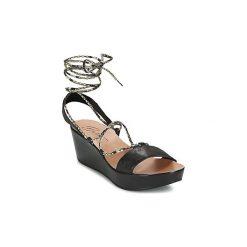 Sandały Betty London  EDOUVANE. Czarne sandały damskie marki Betty London. Za 207,20 zł.