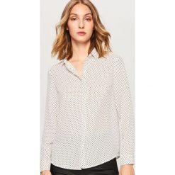 Koszula w kropki - Biały. Białe koszule wiązane damskie Reserved, w kropki. Za 69,99 zł.
