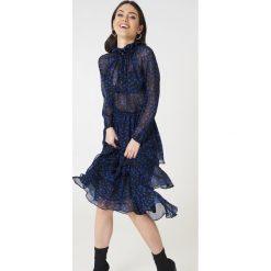 Sukienki: NA-KD Boho Sukienka midi ze stójką - Black,Blue,Multicolor