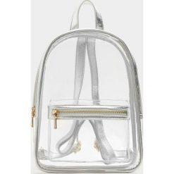 Plecaki damskie: Mały plecak winylowy