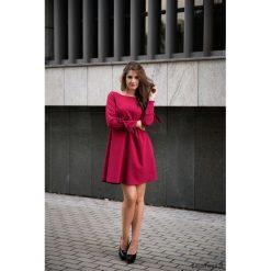 LATORI - Sukienka damska trapezowa LM19/3. Czarne sukienki hiszpanki Pakamera, na imprezę, z tkaniny, z dekoltem w łódkę, mini, trapezowe. Za 101,00 zł.