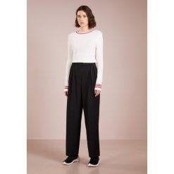 Swetry klasyczne damskie: Lovechild LUCA Sweter white