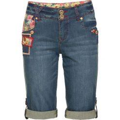 """Szorty dżinsowe bonprix niebieski """"stone"""". Niebieskie szorty jeansowe damskie marki bonprix, z nadrukiem. Za 119,99 zł."""