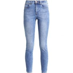 Rurki damskie: Wrangler BODY BESPOKE  Jeans Skinny Fit best blue