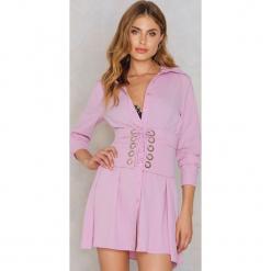 Glamorous Koszulowa sukienka z gorsetem - Pink,Purple. Różowe sukienki mini marki Glamorous, z nadrukiem, z asymetrycznym kołnierzem, asymetryczne. W wyprzedaży za 111,48 zł.