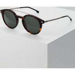 BOSS CASUAL Okulary przeciwsłoneczne dark havana. Czarne okulary przeciwsłoneczne męskie wayfarery BOSS Casual. Za 759,00 zł.