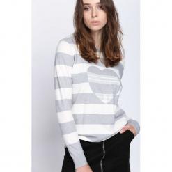 Szary Sweter Double Heart. Szare swetry klasyczne damskie Born2be, l. Za 49,99 zł.
