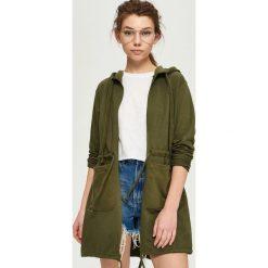Bluzy damskie: Długa bluza z kapturem – Zielony