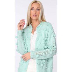 Swetry rozpinane damskie: Sweter z pomponami miętowy MISC232