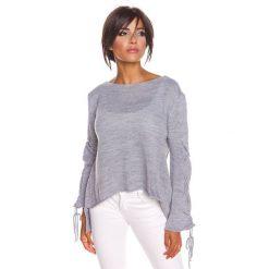"""Sweter """"Aimee"""" w kolorze jasnoszarym. Szare swetry klasyczne damskie marki Mohito, l, z asymetrycznym kołnierzem. W wyprzedaży za 108,95 zł."""