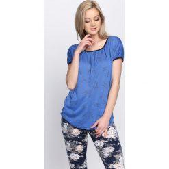 Ciemnoniebieski T-shirt Learn To Love Again. Niebieskie bluzki damskie Born2be, l. Za 9,99 zł.