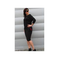 Czarna sukienka midi oversize. Szare sukienki dresowe marki bonprix, melanż, z kapturem, z długim rękawem, maxi. Za 129,00 zł.