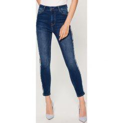 Jeansy skinny high waist - Niebieski. Brązowe jeansy damskie skinny marki Mohito, m. Za 149,99 zł.
