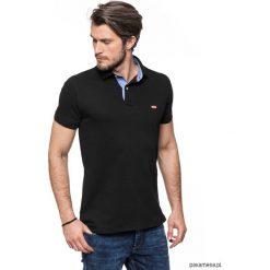 KOSZULKA POLO czarna z wykończeniem jeansowym. Czarne koszulki polo marki Pakamera, m, z kapturem. Za 149,00 zł.