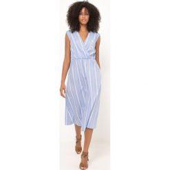 Długie sukienki: Sukienka w paski bez rękawów, długość midi