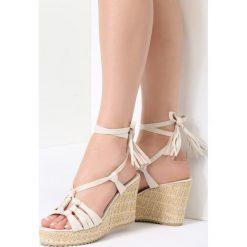 Beżowe Sandały Tuscan. Czerwone sandały damskie marki vices. Za 99,99 zł.