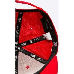 New Era - Czapka. Czerwone czapki z daszkiem męskie New Era. W wyprzedaży za 119,90 zł.