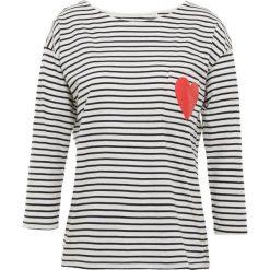 CHINTI & PARKER HEART POCKET TEE Bluzka z długim rękawem cream. Białe bluzki longsleeves marki CHINTI & PARKER, xs, z bawełny. Za 589,00 zł.