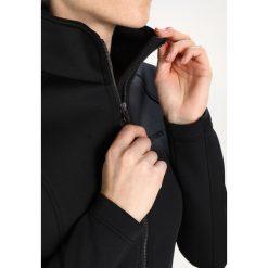 Icepeak NERISSA Kurtka Softshell black. Czarne kurtki sportowe damskie marki Icepeak, z elastanu. W wyprzedaży za 149,50 zł.