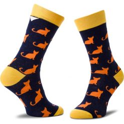 Skarpety Wysokie Unisex CUP OF SOX - Granatowe Trykoty W Oranżowe Koty C Granatowy Kolorowy. Niebieskie skarpetki damskie Cup of sox, w kolorowe wzory, z bawełny. Za 24,00 zł.