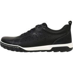 Ecco URBAN LIFESTYLE Obuwie hikingowe black. Czarne buty sportowe męskie ecco, z materiału, outdoorowe. W wyprzedaży za 439,20 zł.