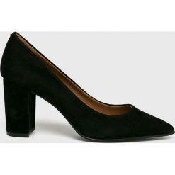 Steve Madden - Czółenka Ashlyn. Szare buty ślubne damskie Steve Madden, z materiału, na obcasie. W wyprzedaży za 339,90 zł.