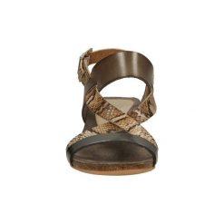 Sandały Verano  SANDAŁY CASU  437010. Czerwone sandały trekkingowe damskie marki Nike. Za 199,99 zł.
