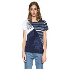 Desigual T-Shirt Damski S Ciemnoniebieski. Szare t-shirty damskie Desigual, s, z kontrastowym kołnierzykiem. W wyprzedaży za 179,00 zł.