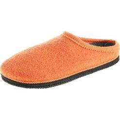 """Kapcie """"Biofit"""" w kolorze pomarańczowym. Brązowe kapcie damskie Kitz-pichler, Magicfelt & Stegmann, z materiału. W wyprzedaży za 82,95 zł."""