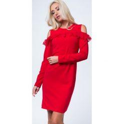 Sukienka z koronkową falbanką czerwona 16070. Czerwone sukienki Fasardi, s, z koronki, z falbankami. Za 59,00 zł.