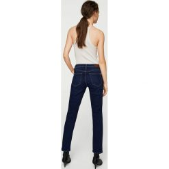 Mango - Jeansy Anna2. Niebieskie proste jeansy damskie Mango, z bawełny. W wyprzedaży za 79,90 zł.