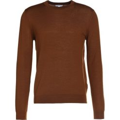 Reiss WESSEX Sweter copper. Brązowe swetry klasyczne męskie marki Reiss, l, z materiału. W wyprzedaży za 381,75 zł.