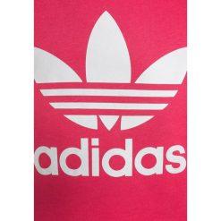 Adidas Originals CREW Bluza real pink/white. Czerwone bluzy chłopięce marki adidas Originals, z bawełny. Za 179,00 zł.