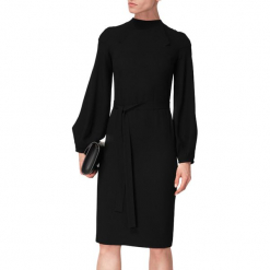 Sukienka w kolorze czarnym. Czarne sukienki na komunię marki BOHOBOCO, w paski, z tkaniny, z dekoltem na plecach, midi. W wyprzedaży za 959,95 zł.