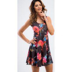 Czarna letnia sukienka w kolorowe wzory TA6167. Czarne sukienki Fasardi, na lato, m, w kolorowe wzory. Za 59,00 zł.