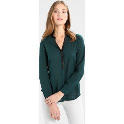 Bluzki asymetryczne: KIOMI Bluzka green