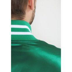 Mitchell & Ness NBA BOSTON CELTICS Kurtka sportowa kelly green. Zielone kurtki sportowe męskie marki Mitchell & Ness, m, z materiału. W wyprzedaży za 411,75 zł.