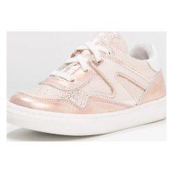 Jochie & Freaks Tenisówki i Trampki rose gold. Czerwone buty sportowe dziewczęce marki Jochie & Freaks, z materiału. W wyprzedaży za 356,15 zł.