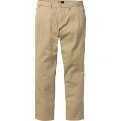 Spodnie chino Regular Fit bonprix beżowy. Brązowe chinosy męskie bonprix. Za 79,99 zł.