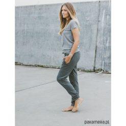 Joggers Basic Oldies. Szare spodnie dresowe męskie Pakamera, z dresówki. Za 210,00 zł.