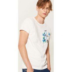 T-shirty męskie: T-shirt z kieszonką - Kremowy