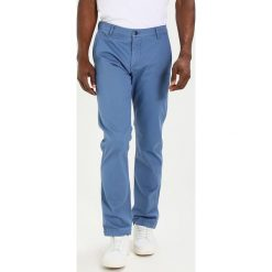 Chinosy męskie: DOCKERS BIC WASHED Chinosy sunset blue